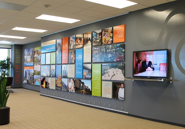 Open and flexible display design is made possible by AS Hanging Systems interior display fittings.