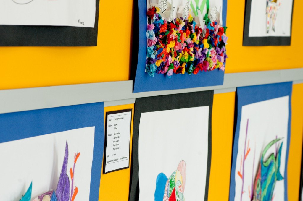Create an art rail display using Casso® Display Rail.