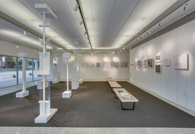 Museum Gallery Display using Tensioned Cables by ashanging.com.