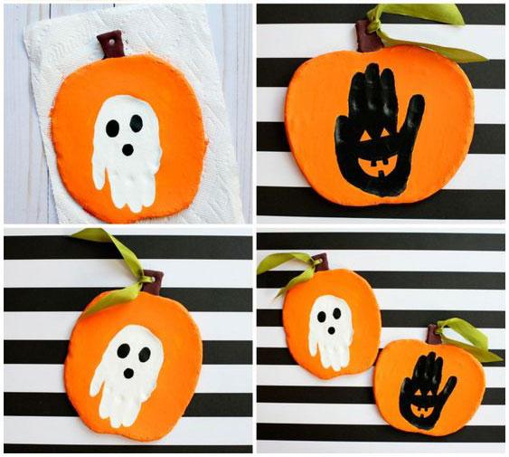 Souvenir d'empreinte de main d'argile d'Halloween