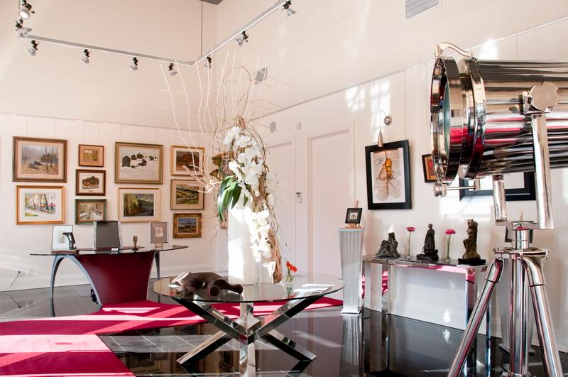 Canadian Fine Art Gallery Uses Classic System by AS Hanging Systems in Salon-style Wall Display